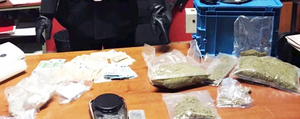 Cocaina e marijuana in casa  Arrestato a Lurago Marinone