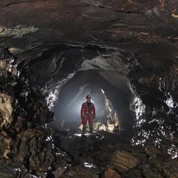 Pian del Tivano,  bloccati in grotta  Salvi i tre speleologi