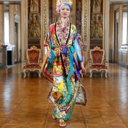 Dolce e Gabbana  La moda riparte  con i colori del lago