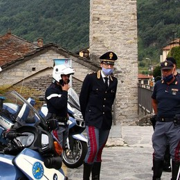 Moltrasio, ignora l'alt della Polstrada  Via patente, 18 punti e 390 euro