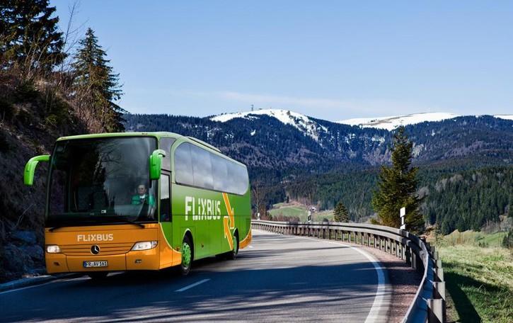 FlixBus riparte  con 16 linee su Como  «Ma il Governo ci penalizza»