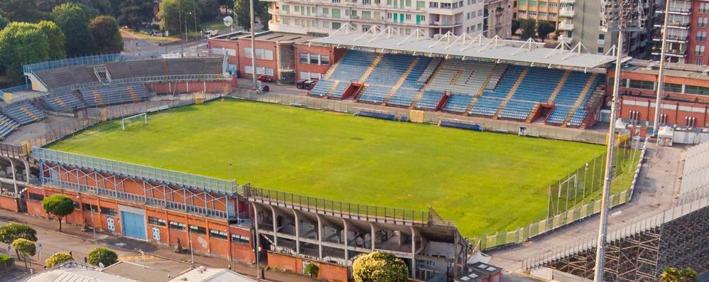 Stadio SInigaglia, il sindaco promette:  «Concessione lunga e dico sì al sintetico»