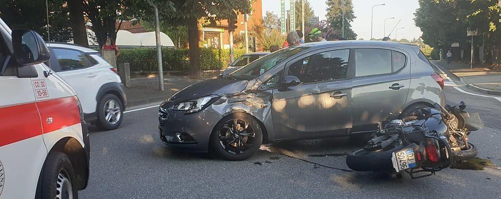 Due incidenti a Cantù Coinvolti motociclista e pedone