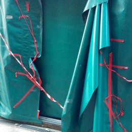 Furti e vandalismi al centro sportivo  Due incursioni notturne in un mese
