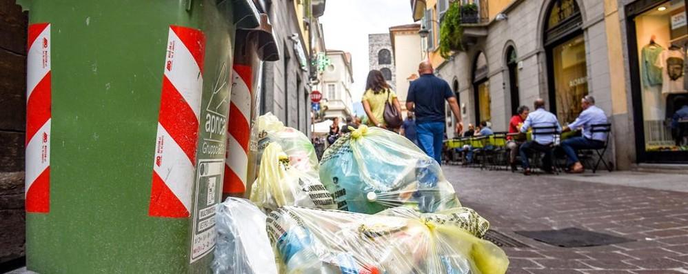 Tassa rifiuti, via libera alle nuove tariffe  Ecco quanto si pagherà quest'anno