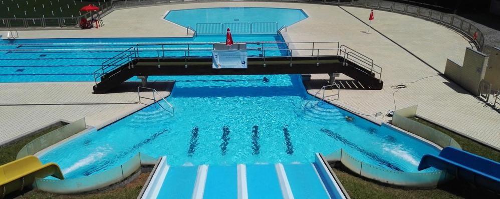Cantù, accordo sulla piscina  «Non deve aprire oltre il 15 luglio»