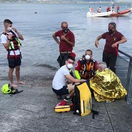 Domaso, surfista di 78 anni  soccorso in mezzo al lago