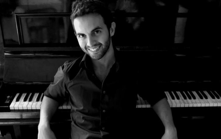 Un pianoforte all'alba:  Martano a Villa Erba