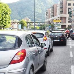 Giro d'Italia under 23  Chiudono lungolago  e Borgovico