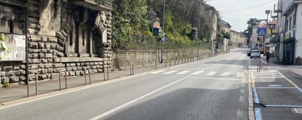 Scontro tra auto e moto  Ferito uomo di 25 anni   GUARDA IL VIDEO