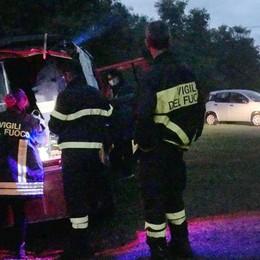 Sorpresi nella tenda  da un temporale  Salvati dai pompieri