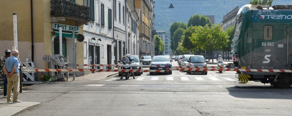 Como, girone a rischio blocco  Il Comune: «Allora stop a Borghi»