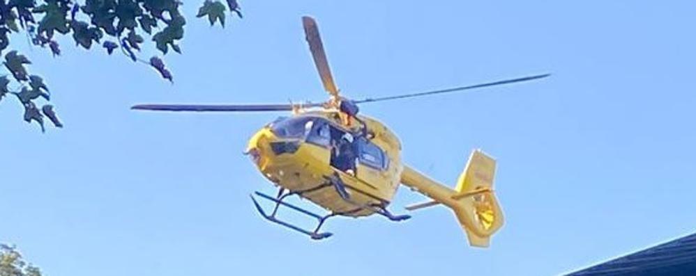Donna cade sul sentiero  L'elicottero a San Siro