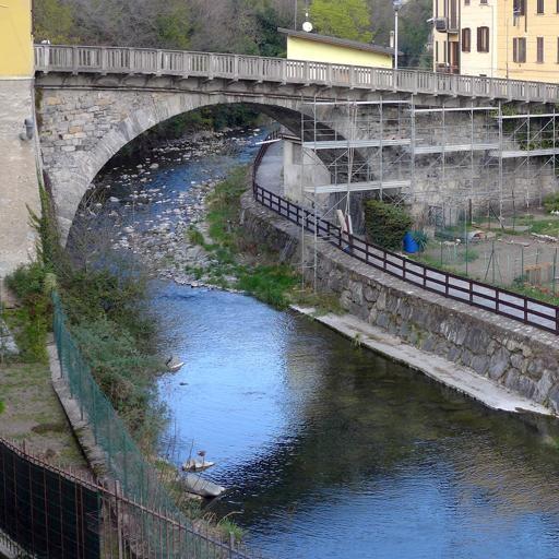 Ponte Lambro, cadavere nel fiume  L'allarme lanciato da un pescatore