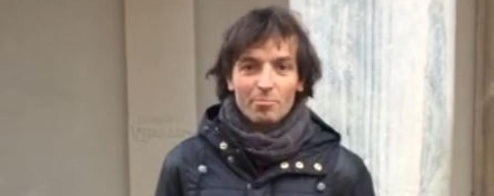 Un video con don Roberto  Gli auguri di Pasqua agli amici
