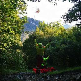Canzo, cade dalla ferrata  Soccorsa con l'elicottero