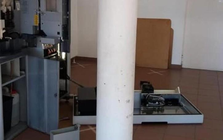 I ladri non danni tregua all'Olimpia  Terza incursione nel giro di un anno