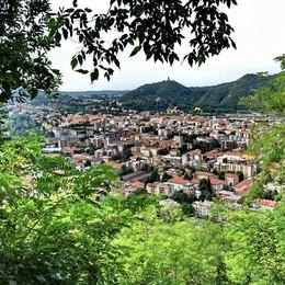 Mille foto in gara su Wiki  Il lago di Como batte tutti