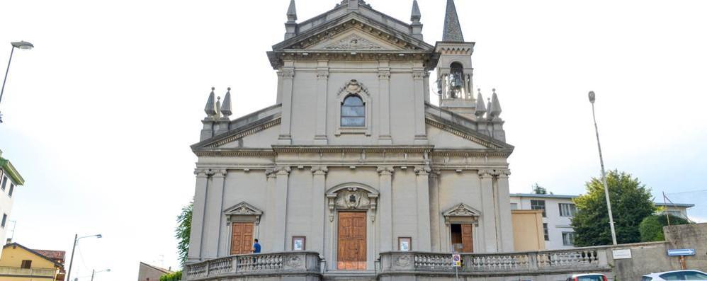 Bullismo contro la parrocchia di Rebbio  La Procura mette sotto accusa tre giovani