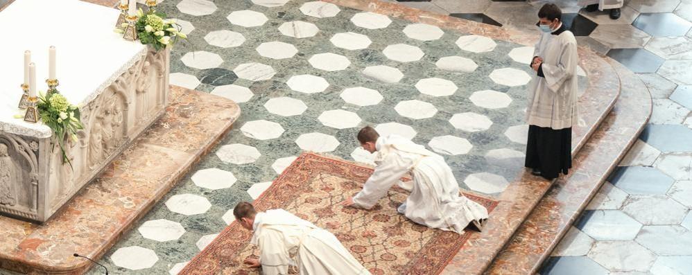 Due sacerdoti ordinati dal vescovo  Entrambi andranno in Valtellina
