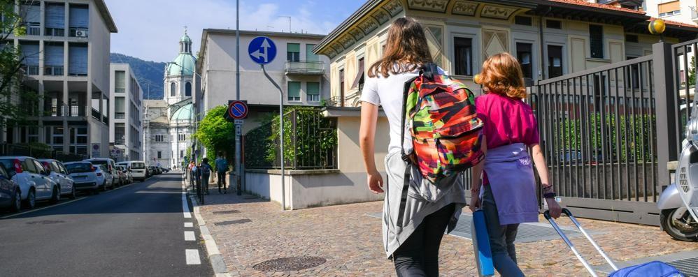 La scuola si svuota  Nelle aule comasche  800 alunni in meno