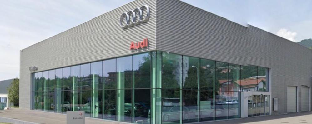 Spaccata alla concessionaria  Rubata un'Audi a Lipomo