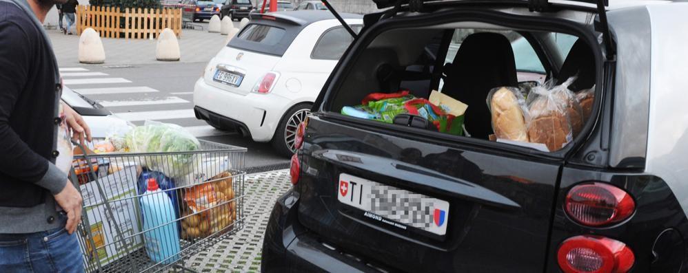 Ticinesi in Italia per la spesa?  «Non possiamo intervenire»