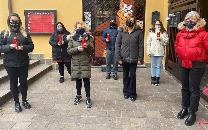 """Canzo, rivolta contro la """"zona rossa""""  I commercianti guidano la protesta"""