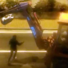 Ladri nella notte a Merone Sventrato l'ufficio postale   QUI il video del blitz