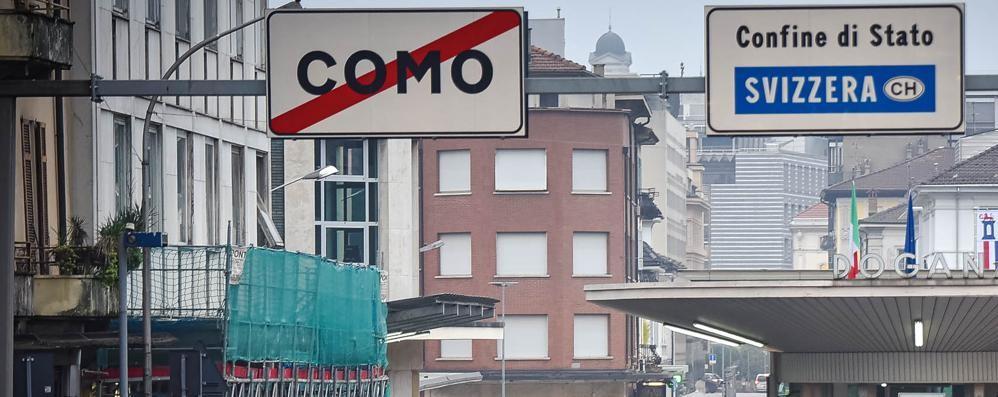 Svizzera, mezzo milione di casi  «Ad aprile vaccino di massa»