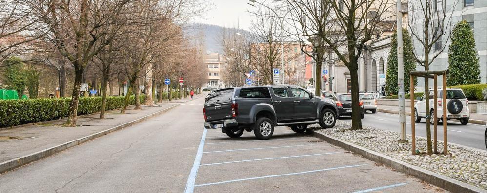 Dai parcheggi alle tasse per i tavolini  Palazzo Cernezzi ha perso 2,5 milioni