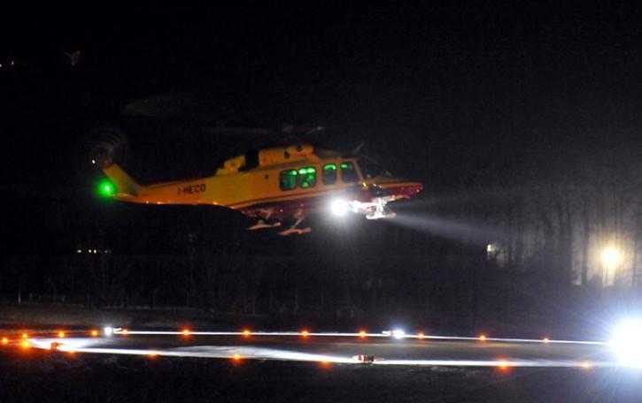 Eupilio, donna urtata da camion  Ricoverata in elicottero a Varese