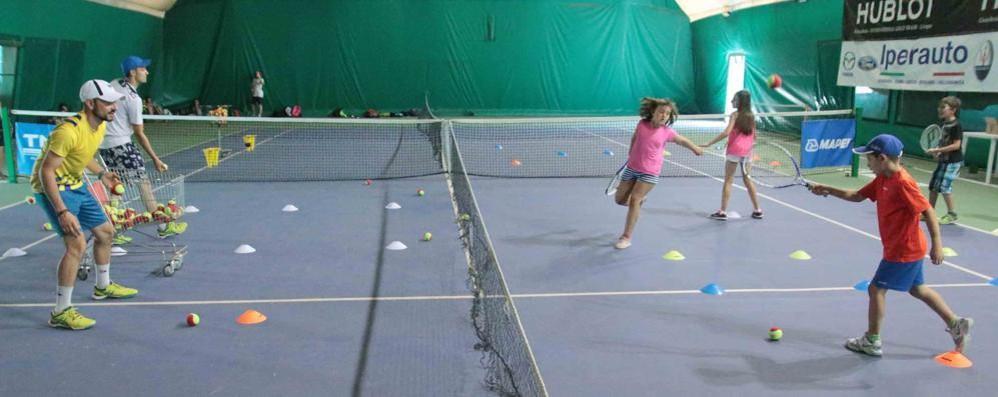 La rivolta delle scuole tennis «Un decreto assurdo per noi»