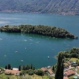 Battaglia navale all'Isola Comacina  «Non chiudete il canale alle barche»