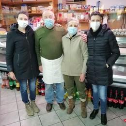 Casasco, negozio piùforte del Covid  Riapre dopo 47 giorni di quarantena