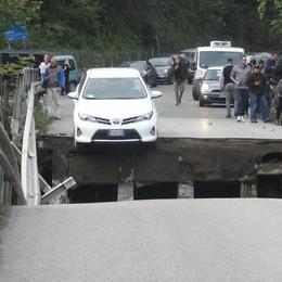Annone, il   crollo del ponte  Miracolato di Albavilla si sfila
