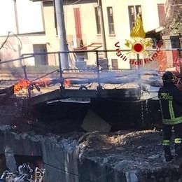 Incendio a Fino Mornasco Problemi sulla linea del treno