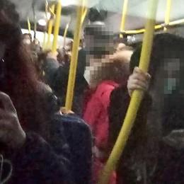 Ressa sui bus, vincono i pendolari  Da Asso torna una corsa in più