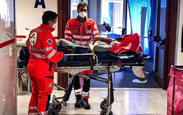 Allarme contagi, test positivi al 17% La situazione peggiore nell'Erbese
