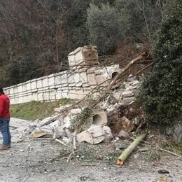 Sorico, frana sulla strada  Isolata la frazione di Dascio
