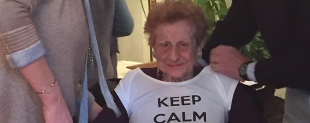 A 103 anni aspetta ancora il vaccino  Il figlio: «Sono pronto a denunciare»
