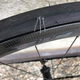 A Brienno e Colonno  le graffette anti ciclisti