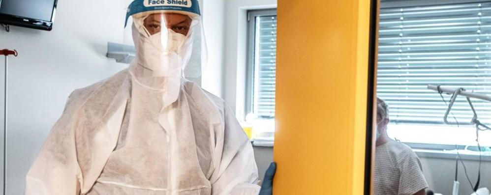 Como: il virus fa ancora vittime  In un giorno 12 decessi  e 154 nuovi casi positivi