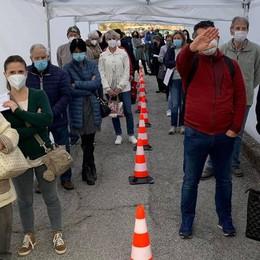 Vaccini a Lariofiere  per mille persone