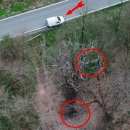 Bivaccano e nascondono sacchi di cibo  Strane presenze nei boschi dello spaccio
