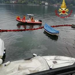 Lenno, affonda una barca Idrocarburi sversati nel lago