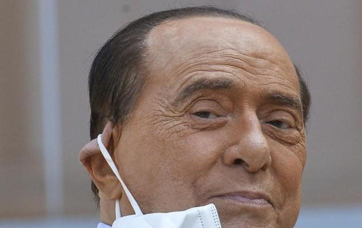 Berlusconi ammalato  e il rebus Forza Italia Berlusconi e il rebus di forza italia