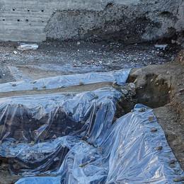 Como: in via Borgovico   spuntano mura e tombe