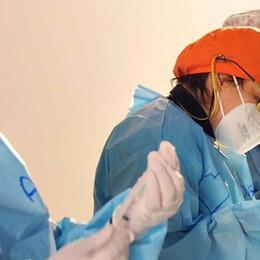 Obbligo di vaccino, verifiche sui sanitari  Chi rifiuta verrà sospeso dall'Ordine