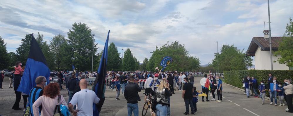 Inter: festa scudetto  Invasione in Pinetina
